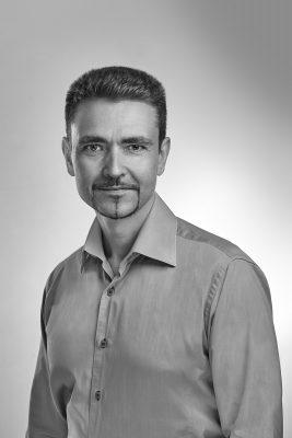 Dimitri Kouchnirenko, Incomlend